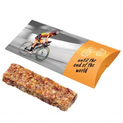 Muesli cereal bar with cranberry